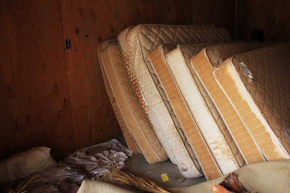 mattresseslores