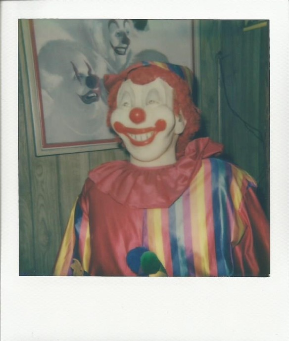 Life-size clown in the Clown Motel's lobby.